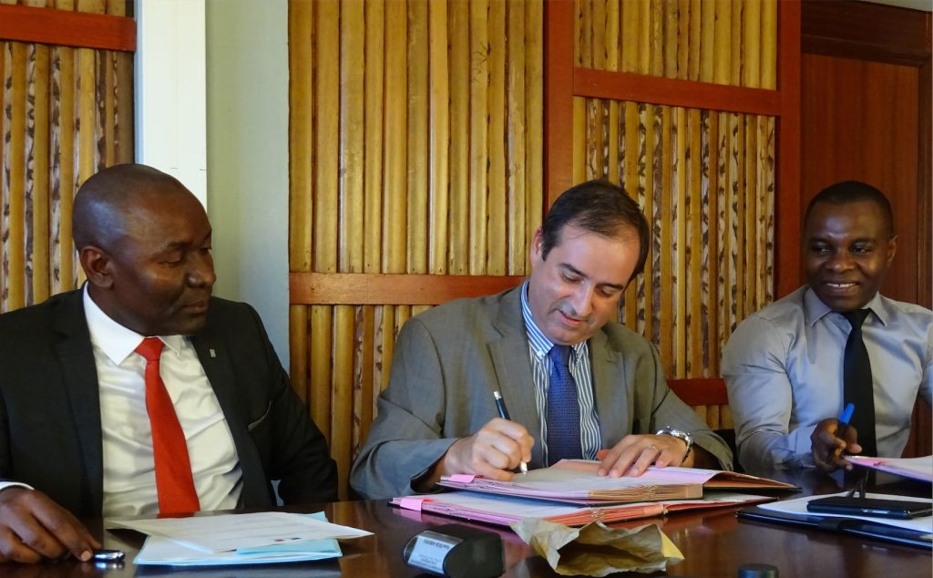 Signature création CRESS Mayotte